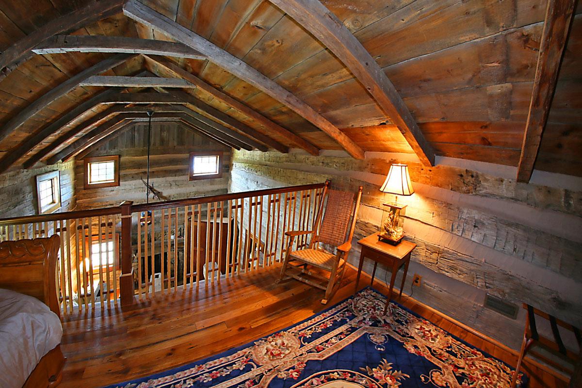 Benedict--Haid---IMG_5396-upstairs-loft-bedroom