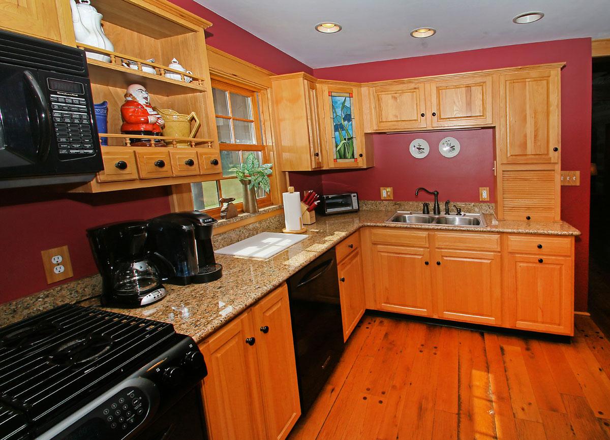 Benedict--Haid---IMG_9396-kitchen-1